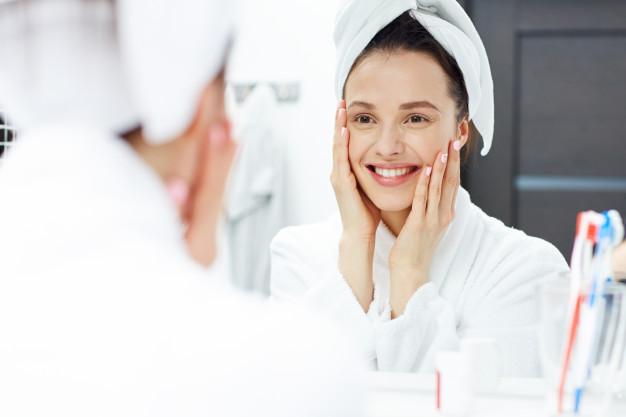 Kuidas hormoonid mõjutavad naha kvaliteeti. Kuidas mõjutab tsükkel naha seisukorda? Mida me ise saame teha selleks, et nahk oleks kaunis ja veatu.